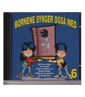 Børnene synger også med 6