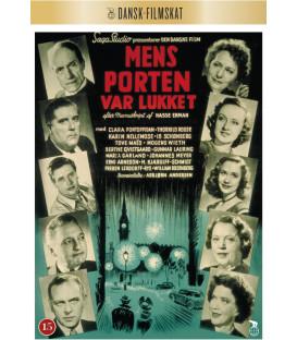 Mens Porten Var Lukket - DVD - Nyhed juni 2020