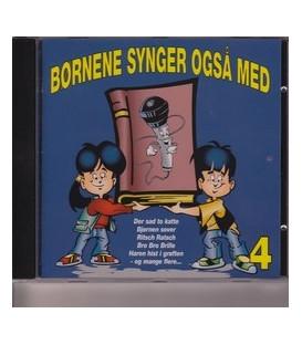 Børnene synger også med 4